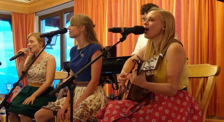 Akustikkonzert Poxrucker Sisters am Gmundnerberg