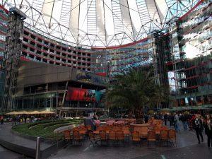 Sony-Center am Potsdamer Platz mit Kino und Gastronomie